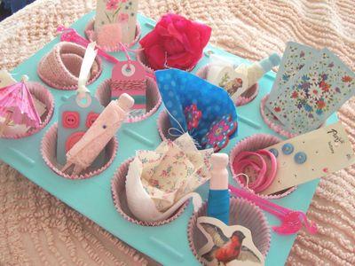 Aqua_cupcake_tin