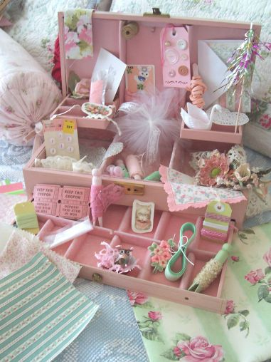 Pink_jewelry_box