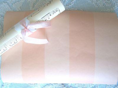 Pink_wallpaper_scrap