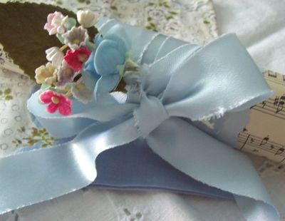 Blue_satin_wrap