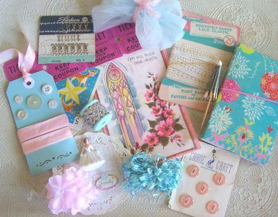 Pink_and_aqua_bits