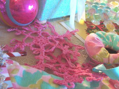 Pink_snowflakes