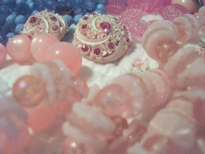 Vintage_jewelry_2