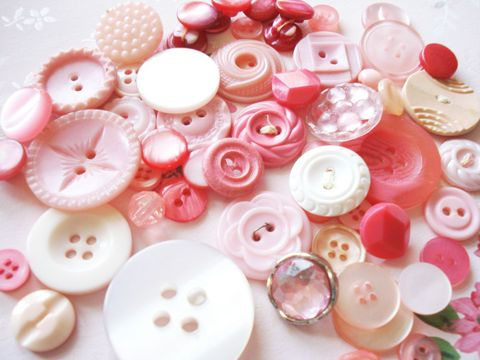 Pink_buttons