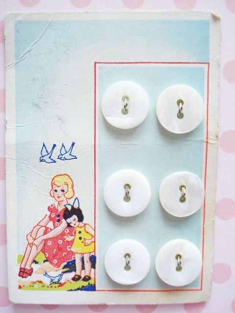 Vintage_button_card_2
